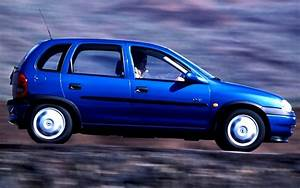 Opel Corsa 1998 : portugal 1998 opel corsa and fiat punto fight it out best selling cars blog ~ Medecine-chirurgie-esthetiques.com Avis de Voitures