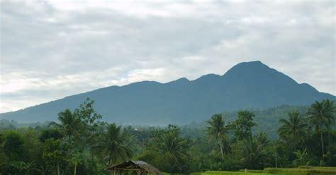 gunung bunder berbagi tempat wisata menarik