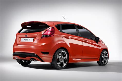 Car St by Ford St 5 Door Concept Car Fast Speedy Cars