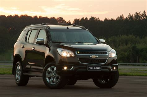 Chevrolet Trailblazer Picture by Chevrolet Trailblazer Pictures Information And Specs