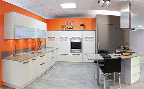 cuisine orange faience cuisine et blanc 2 indogate decoration