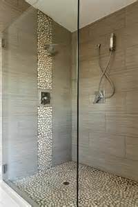 bad mit steine 21 eigenartige ideen bad mit dusche ultramodern ausstatten