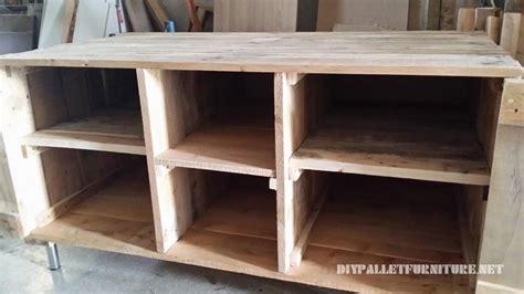 fabriquer meuble tele avec palettes meuble tv avec palettesmeuble en palette meuble en palette