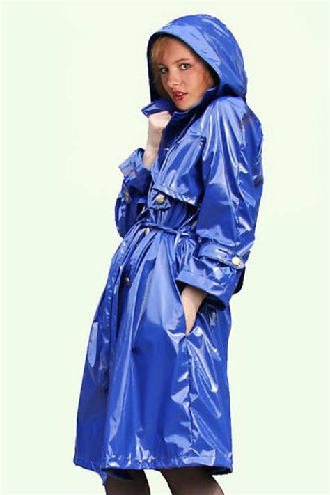 pin von yiin chung auf yiin regenmantel mantel und lila