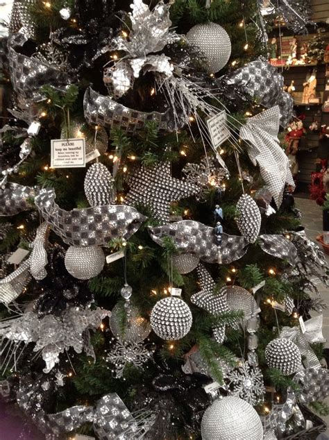silver christmas tree decor 1000 ideas about silver christmas tree on pinterest xmas trees christmas house decorations