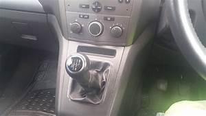 Vauxhall Zafira B Heater Blower Repair  Naprawa Regulatora
