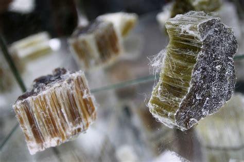 killer dust   asbestos  killing people