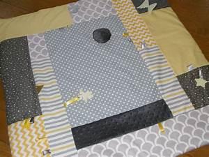 Tapis Jaune Et Noir : tapis d 39 veil 100 100 jaune et gris pu riculture par ma petite garde robe modele patchwork ~ Teatrodelosmanantiales.com Idées de Décoration