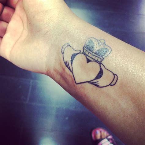 tattoo claddagh love loyalty  friendship