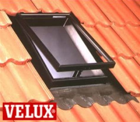 ch 226 ssis universel velux