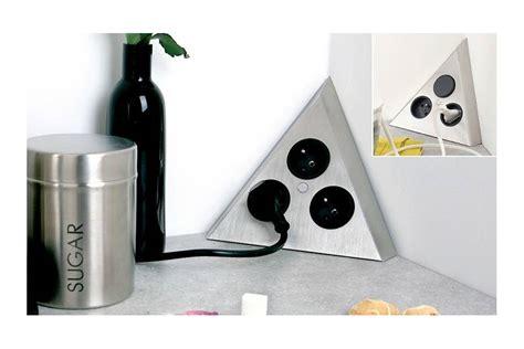 prise angle cuisine multiprise d 39 angle à fixer sur plan de travail accessoires