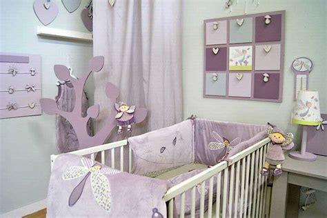 idee decoration lit bebe visuel