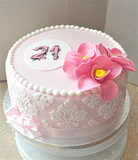 Romantic Birthday Cake Cakecentralcom