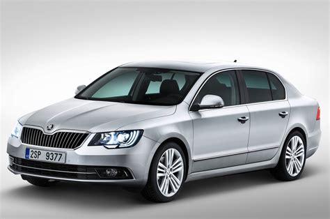 Skoda Superb Facelift Coming Soon Car News Luxury