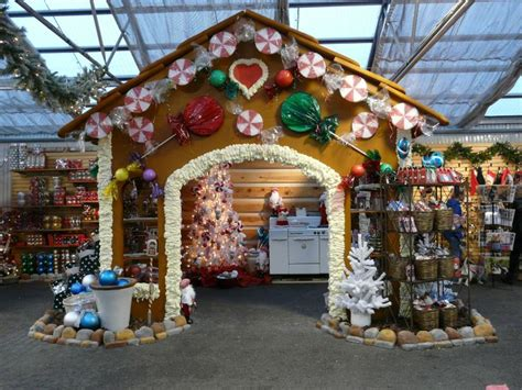 7 inspiring christmas craft fair booths creative income