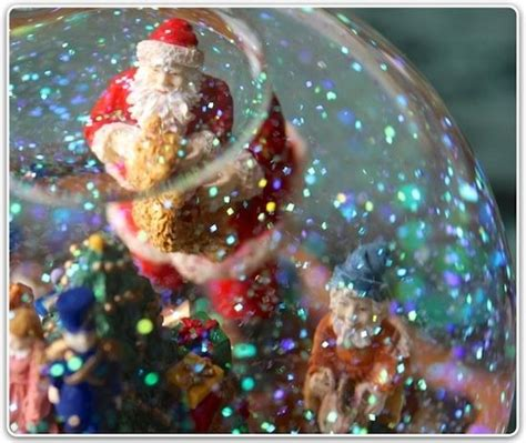 beautiful christmas snow globe snow globes pinterest
