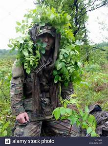 Ghillie Suit Stock Photos & Ghillie Suit Stock Images - Alamy