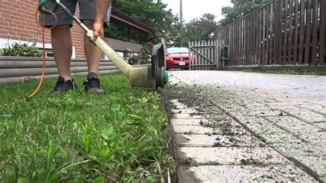 How To Edge A Lawn With A Trimmer