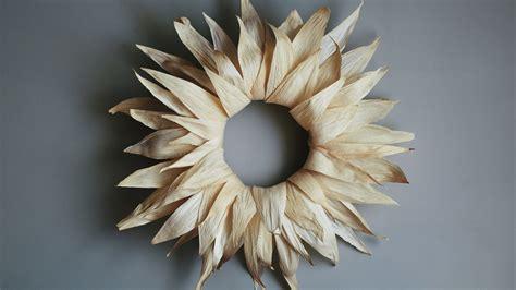 Corn Husk Wreath   Martha Stewart