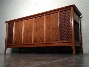 vintage mid century modern magnavox astro sonic stereo console