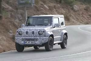 Suzuki Jimny 2018 Model : 2018 suzuki jimny spotted looks bigger and boxier video performancedrive ~ Maxctalentgroup.com Avis de Voitures