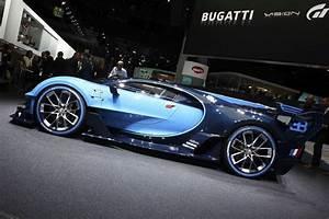 Fiche Technique Bugatti Chiron : bugatti chiron la version de s rie roule sur circuit photo 3 l 39 argus ~ Medecine-chirurgie-esthetiques.com Avis de Voitures
