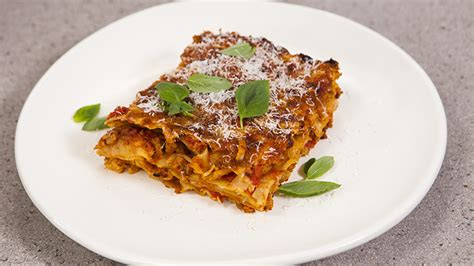 everyday gourmet curly lasagne