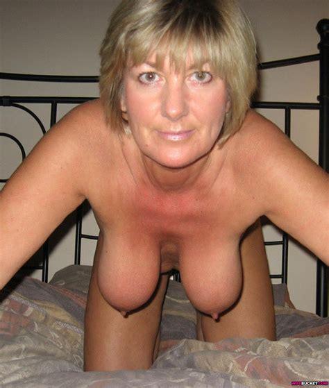 Curvy Blonde Amateur Milf
