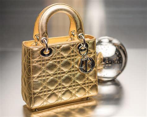 tips  customize   lady dior bag big fan  fashion handbags  luggage
