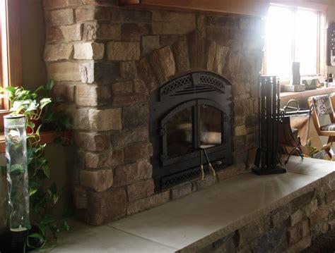 nicolet weatheredge manufactured stone  walls cast