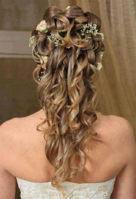 22 Latest Women Curly Long Hairstyles Pictures SheIdeas