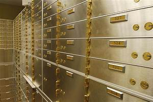 Valuables documents safe deposit box insurance company for Documents safe deposit box