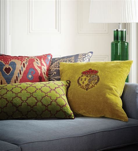 arrange cushions   sofa  bed oka blog