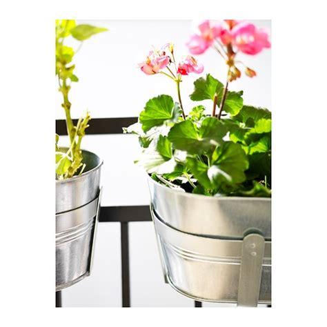 h 214 st 214 jardini 232 re avec support ikea zingu 233 prot 232 ge le produit de la rouille durable r 233 siste
