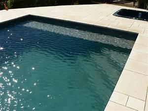escaliers piscine en beton monobloc marinal piscines marinal With hauteur marche escalier piscine