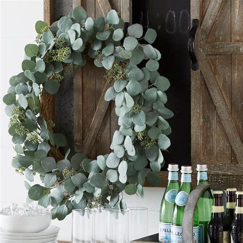 illuminated garden   eucalyptus leaf wreath  raz