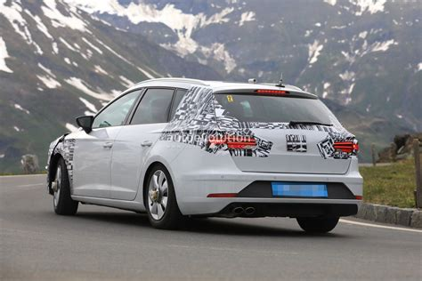 2019 Seat Leon Shows Up For The First Time, Has