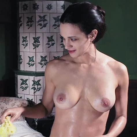 Asia Argento Nude Scene In Dracula Movie FREE VIDEO
