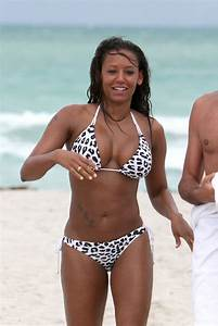 Mel B Hot Bikini Pictures, Sexy Topless Images