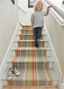 le tapis pour escalier en 52 photos inspirantes With tapis d escalier contemporain