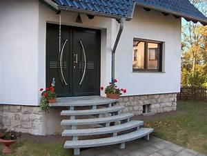 Granit Treppen Außen : undefined au entreppe freitragend naturstein granit treppe au en au en h user und ~ Eleganceandgraceweddings.com Haus und Dekorationen