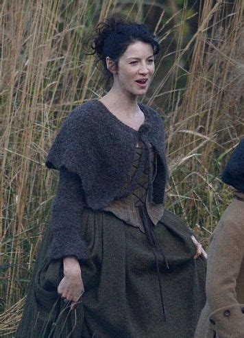 outlander claire  knitted capelet ep crochet