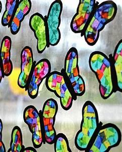 Blumen Basteln Fensterdeko : schmetterlinge basteln mit kindern 24 tolle ideen f r eine fr hlingsdeko ~ Markanthonyermac.com Haus und Dekorationen