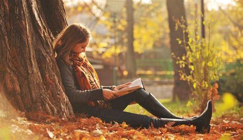 Pics For > Girls Reading Books Wallpaper  Photography Faves  Pinterest  Girl Reading Book
