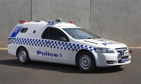 holden launches  divisional van  victoria police