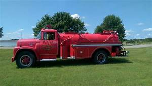 1969 International Havester Loadstar 1600 Water Tanker