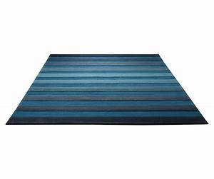 Tapis de salon bleu cross walk par esprit home for Tapis salon bleu