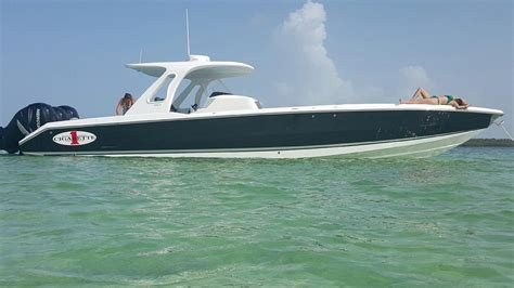 Cigarette Boat Builder by 39 Cigarette Racing 2015 39 Gts Miami Denison Yacht Sales