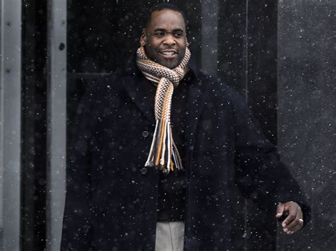 Kwame Kilpatrick, ex-Detroit mayor, convicted of ...