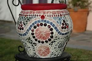 Creation Avec Des Pots De Fleurs : pot de fleurs en mosa que avec incrustation de perles ~ Melissatoandfro.com Idées de Décoration